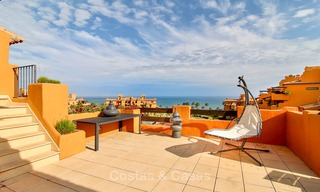 Spectacular penthouse with a private pool in a luxury complex for sale, front line beach – New Golden Mile, Marbella - Estepona 9082