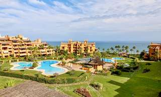 Spectacular penthouse with a private pool in a luxury complex for sale, front line beach – New Golden Mile, Marbella - Estepona 9091