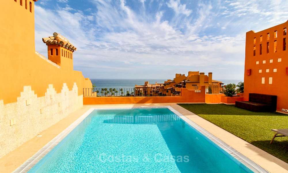 Spectacular penthouse with a private pool in a luxury complex for sale, front line beach – New Golden Mile, Marbella - Estepona 9095