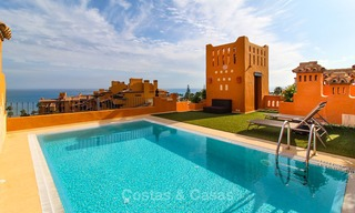 Spectacular penthouse with a private pool in a luxury complex for sale, front line beach – New Golden Mile, Marbella - Estepona 9116