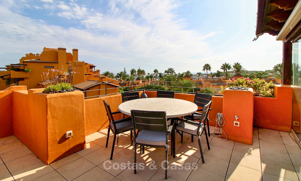 Spectacular penthouse with a private pool in a luxury complex for sale, front line beach – New Golden Mile, Marbella - Estepona 9123