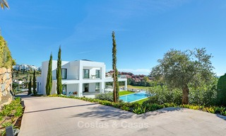 Urgent sale! Amazing contemporary luxury villa with golf and sea views for sale, sought after location, ready to move in - Benahavis, Marbella 9311