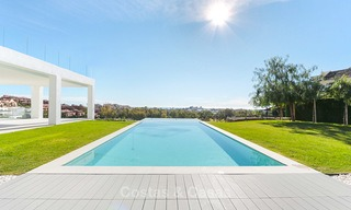 Urgent sale! Amazing contemporary luxury villa with golf and sea views for sale, sought after location, ready to move in - Benahavis, Marbella 9313