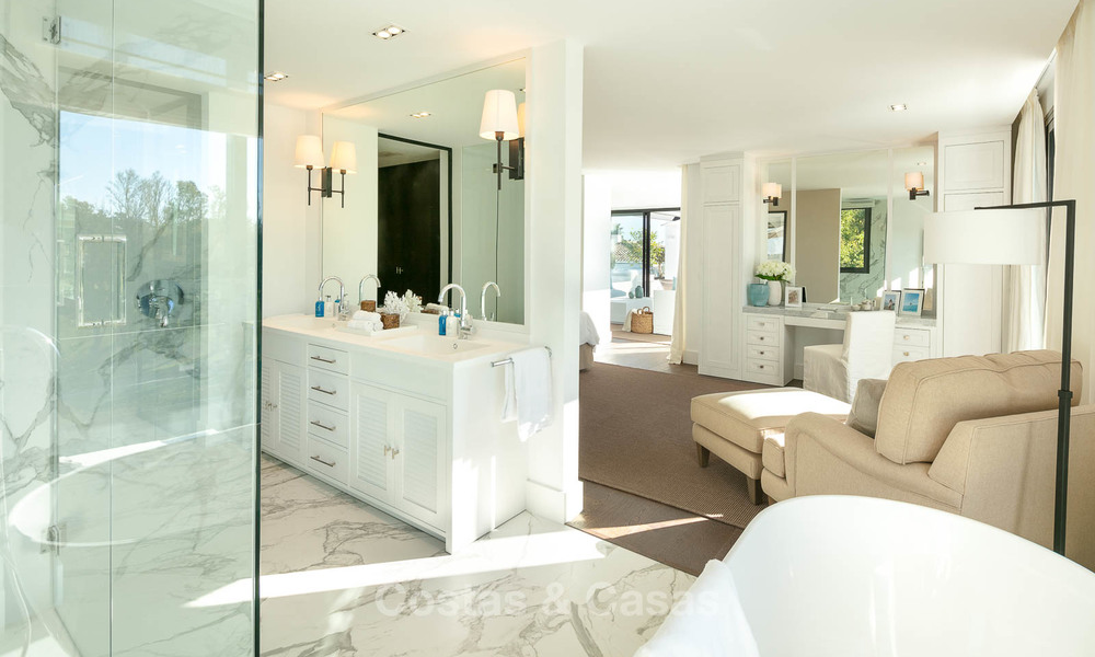 Prestigious renovated luxury villa for sale, front line golf, Nueva Andalucía, Marbella 9440