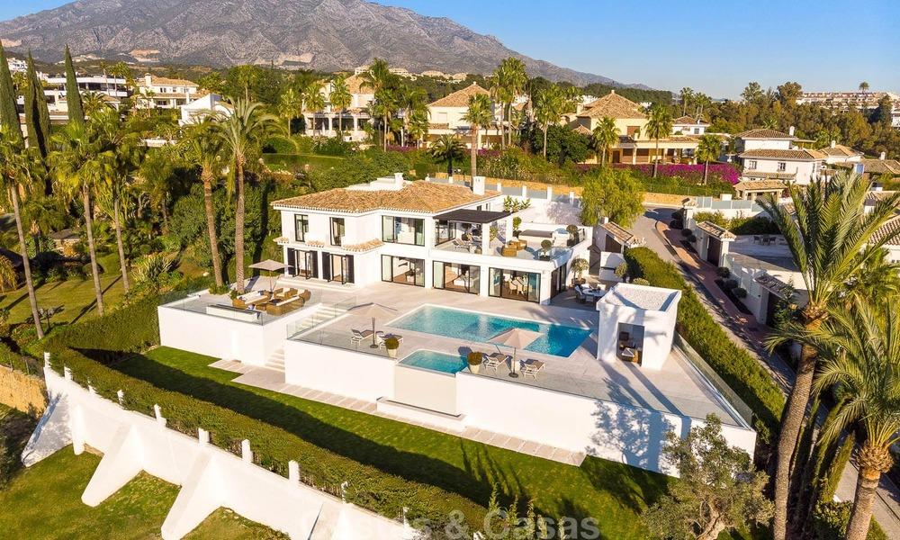 Prestigious renovated luxury villa for sale, front line golf, Nueva Andalucía, Marbella 9444