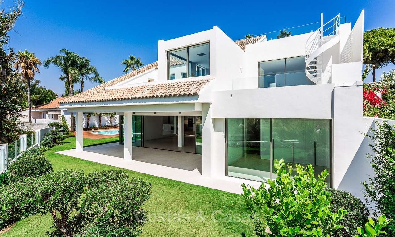 Exquisite modern luxury villa for sale, beachside Puerto Banus, Marbella 9566