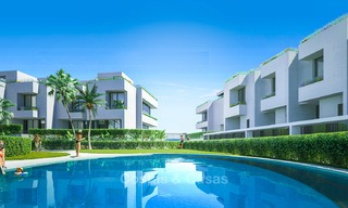 Gorgeous new modern townhouses for sale, within walking distance of the beach and amenities in Fuengirola, Costa del Sol. Last units! 9493