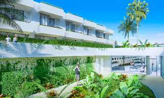 Gorgeous new modern townhouses for sale, within walking distance of the beach and amenities in Fuengirola, Costa del Sol. Last units! 9494