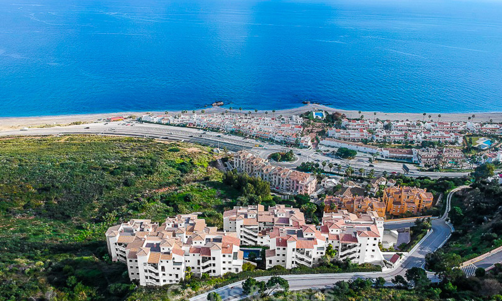 Spacious, modern luxury apartments in a new wellness resort for sale, with unobstructed sea views, Manilva, Costa del Sol 10105