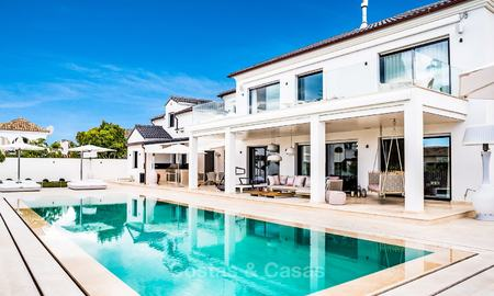 Exceptional, fully renovated beachside villa for sale on the prestigious Golden Mile, Marbella 10137