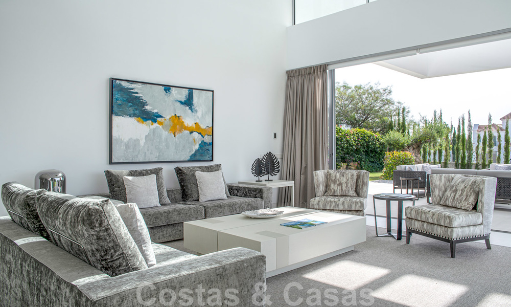 Brand new contemporary luxury villa with panoramic sea views for sale, in an exclusive golf resort, Benahavis - Marbella 26515