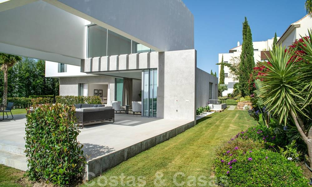 Brand new contemporary luxury villa with panoramic sea views for sale, in an exclusive golf resort, Benahavis - Marbella 26525
