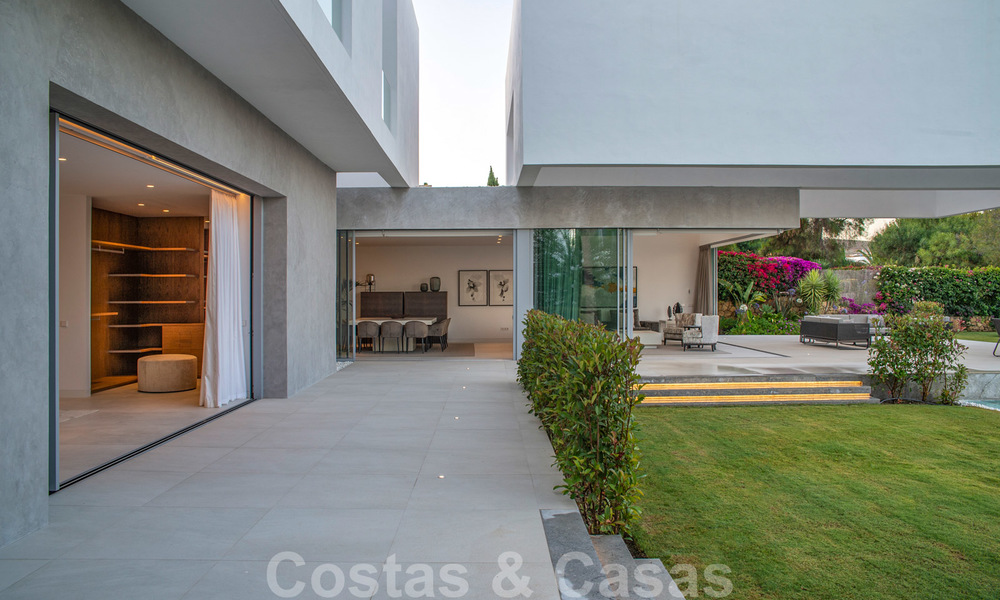 Brand new contemporary luxury villa with panoramic sea views for sale, in an exclusive golf resort, Benahavis - Marbella 26547