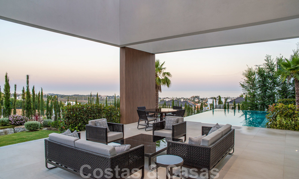 Brand new contemporary luxury villa with panoramic sea views for sale, in an exclusive golf resort, Benahavis - Marbella 26550