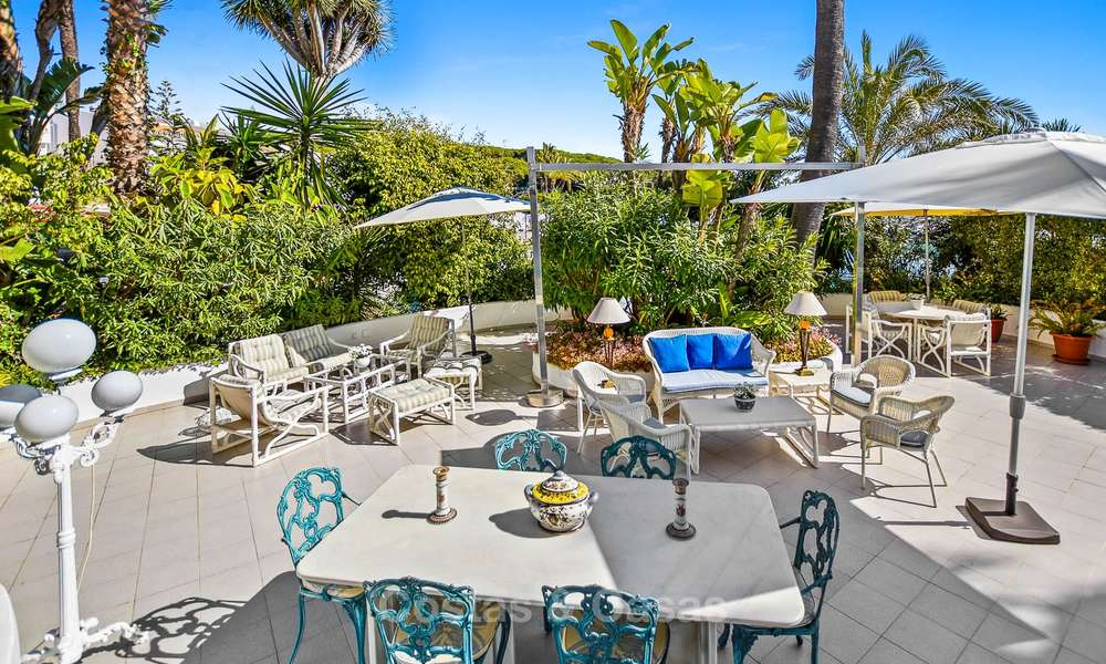 Charming, very spacious duplex ground floor apartment for sale, frontline beach and marina in Cabopino, East Marbella 10249