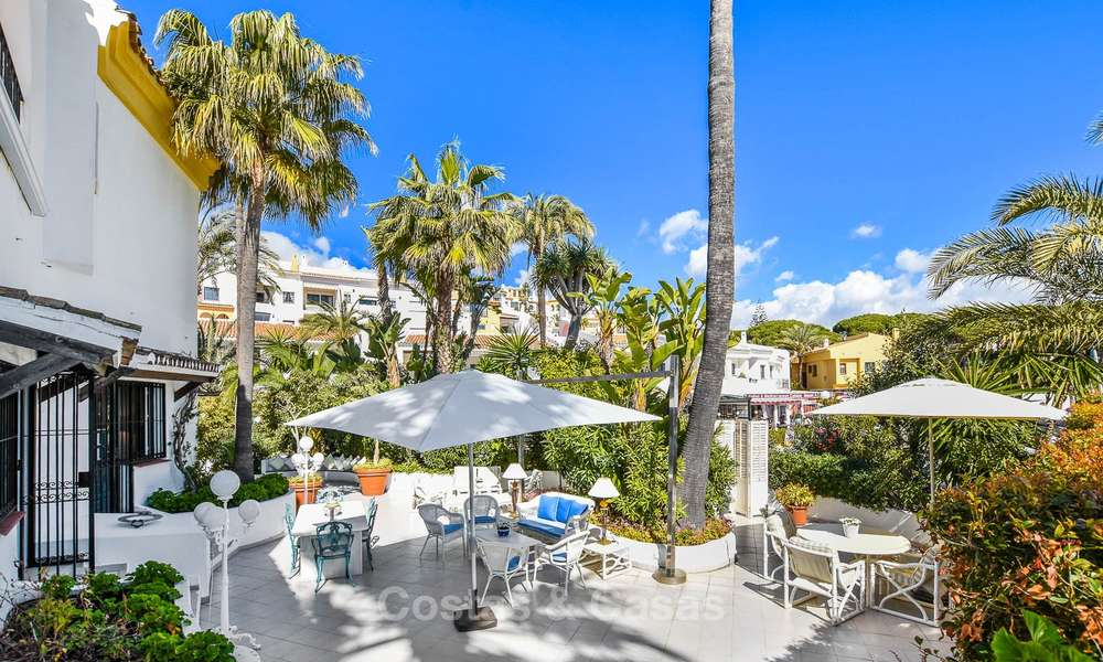 Charming, very spacious duplex ground floor apartment for sale, frontline beach and marina in Cabopino, East Marbella 10262
