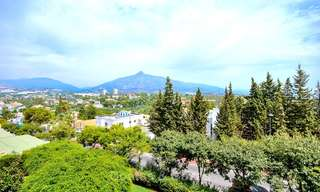 Freshly renovated apartment with open sea views for sale, walking distance to the beach and amenities, Nueva Andalucía, Marbella 10311