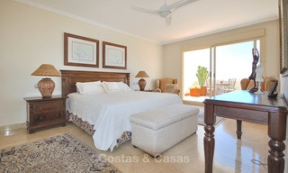 Spectacular penthouse apartment with panoramic sea views for sale, Nueva Andalucía, Marbella 10348