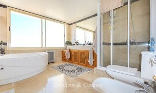 Spectacular penthouse apartment with panoramic sea views for sale, Nueva Andalucía, Marbella 10349