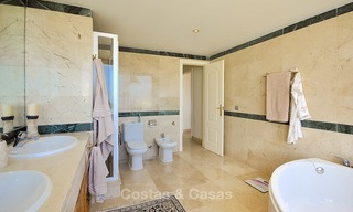 Spectacular penthouse apartment with panoramic sea views for sale, Nueva Andalucía, Marbella 10350