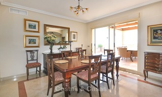 Spectacular penthouse apartment with panoramic sea views for sale, Nueva Andalucía, Marbella 10356