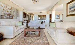 Spectacular penthouse apartment with panoramic sea views for sale, Nueva Andalucía, Marbella 10358