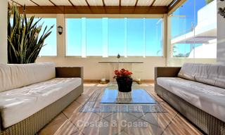 Spectacular penthouse apartment with panoramic sea views for sale, Nueva Andalucía, Marbella 10359