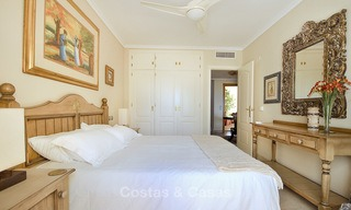 Spectacular penthouse apartment with panoramic sea views for sale, Nueva Andalucía, Marbella 10372