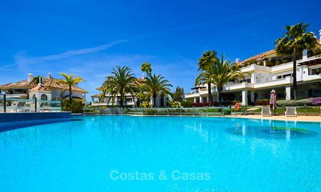 Magnificent luxury 6 - bedroom apartment in an exclusive complex for sale on the prestigious Golden Mile, Marbella 10378