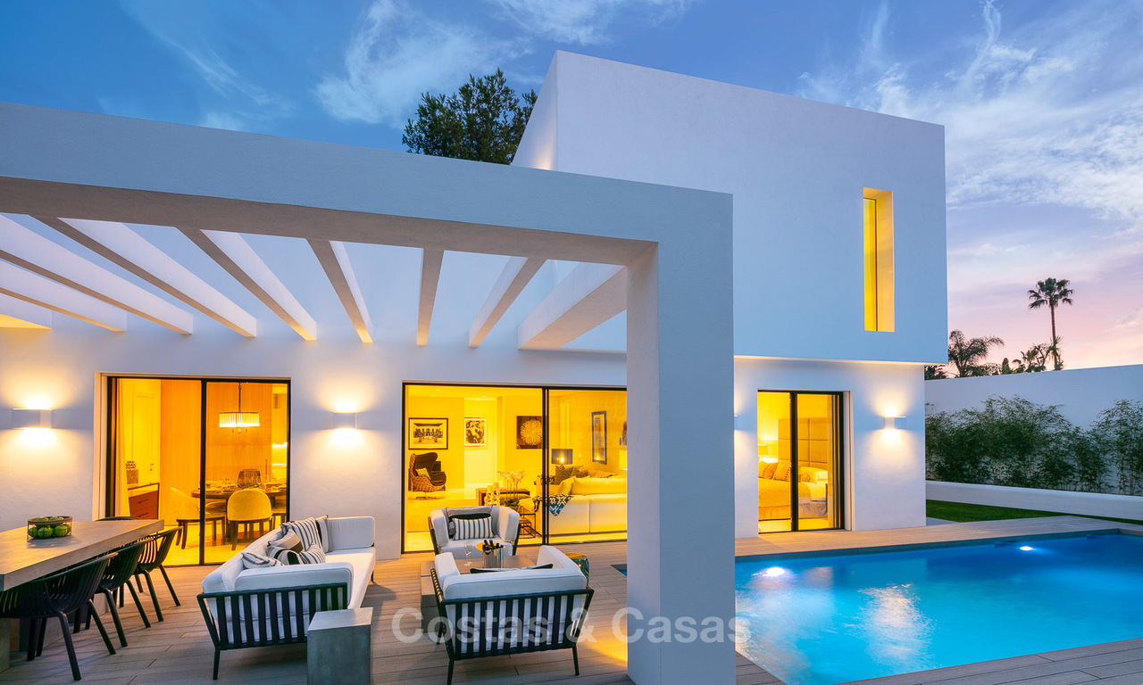 Exquisite modern contemporary luxury villa for sale in a superb location, walking distance to amenities, close to everything - San Pedro, Marbella 10430
