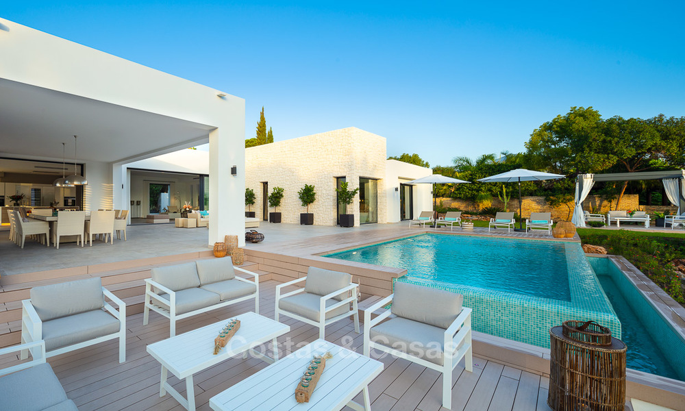 Opulent modern contemporary luxury villa for sale in the Golf Valley of Nueva Andalucia, Marbella 10433