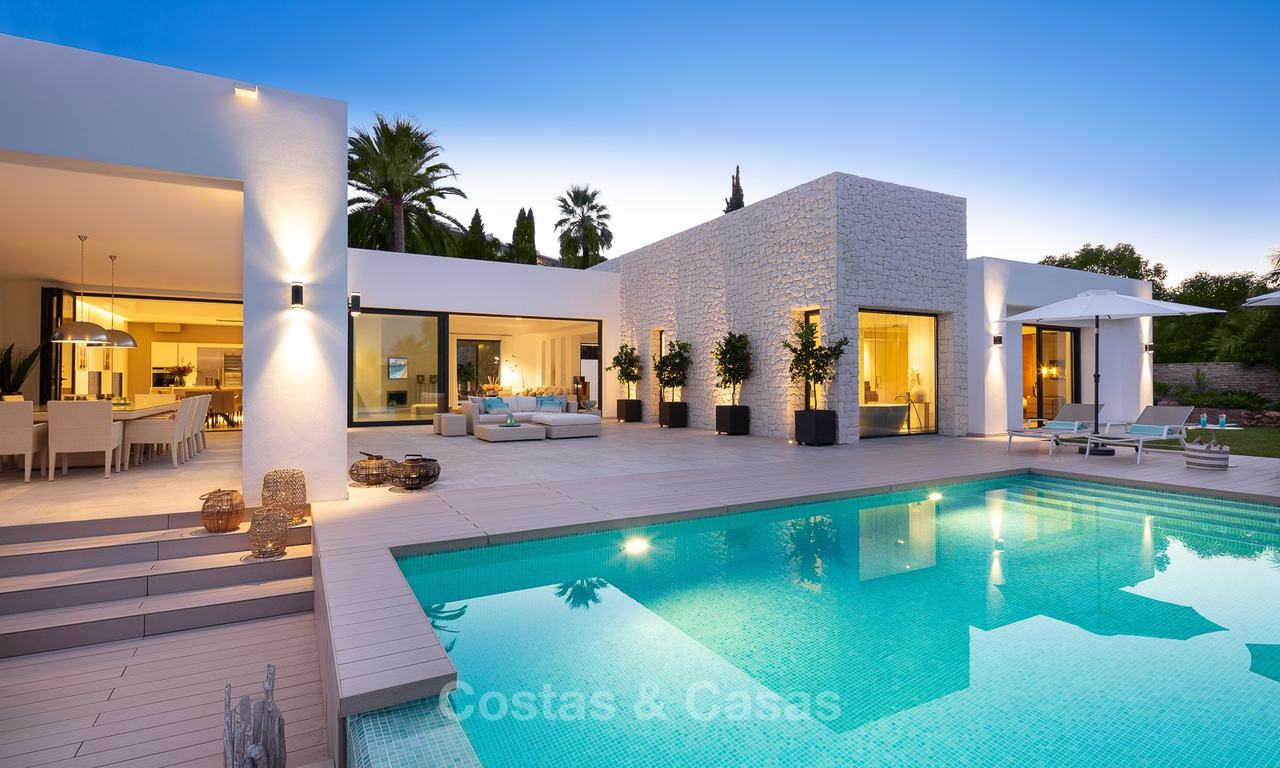Opulent modern contemporary luxury villa for sale in the Golf Valley of Nueva Andalucia, Marbella 10451
