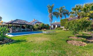 Andalusian style villa in an upscale golf urbanisation for sale, walking distance to amenities - Golf Valley, Nueva Andalucía, Marbella 10490
