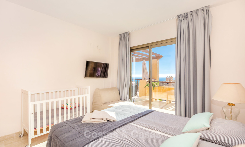 Luxury penthouse apartment with amazing panoramic sea and mountain views for sale, Benahavis, Marbella 10526