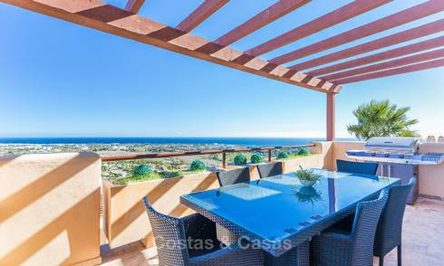 Luxury penthouse apartment with amazing panoramic sea and mountain views for sale, Benahavis, Marbella 10535