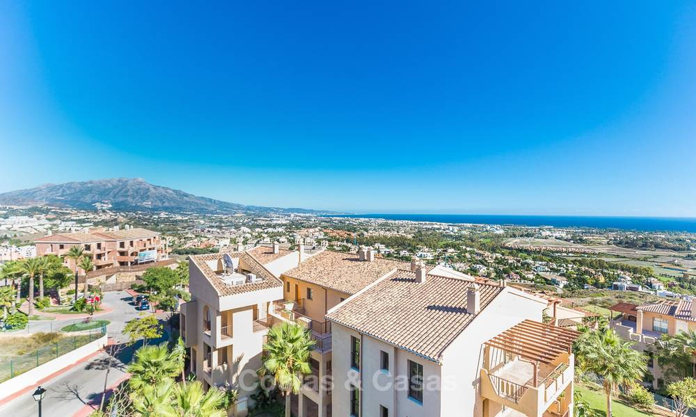 Luxury penthouse apartment with amazing panoramic sea and mountain views for sale, Benahavis, Marbella 10536