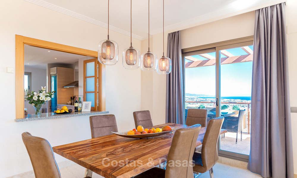 Luxury penthouse apartment with amazing panoramic sea and mountain views for sale, Benahavis, Marbella 10540
