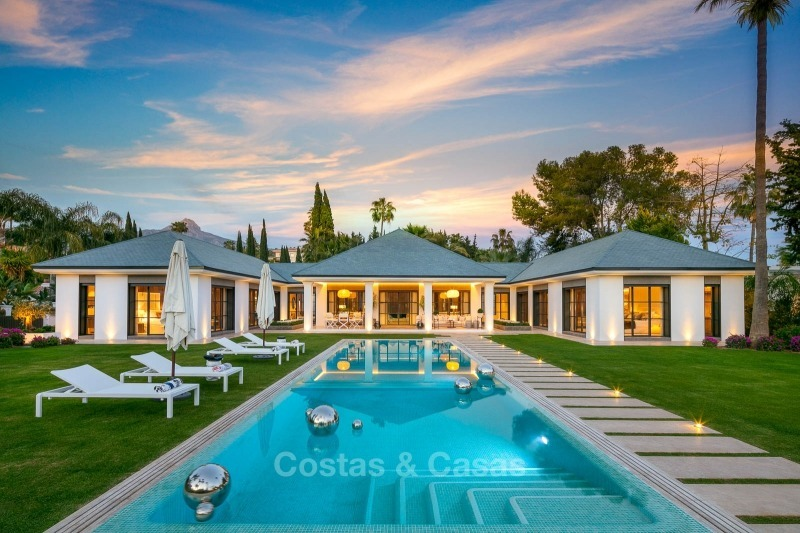 Spectacular, contemporary luxury villa for sale, frontline golf in Las Brisas, Nueva Andalucia, Marbella 10846