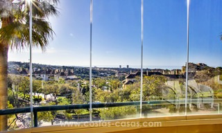 Luxury apartments and penthouses for sale with stunning golf and sea views - Elviria, Marbella 11050