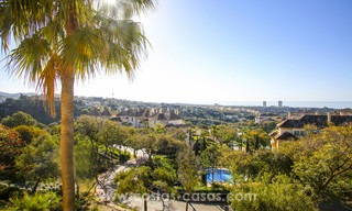 Luxury apartments and penthouses for sale with stunning golf and sea views - Elviria, Marbella 11051