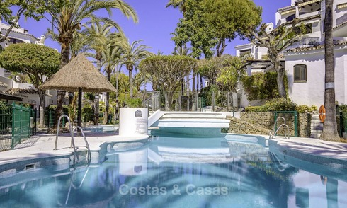 Apartments for sale in a beachfront complex in Elviria, Marbella 11702