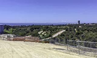 Exclusive contemporary golf villas with stunning golf and sea views for sale - East Marbella 15953
