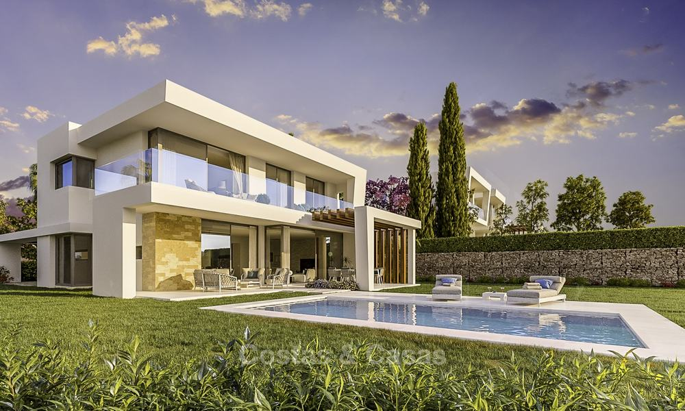 Exclusive contemporary golf villas with stunning golf and sea views for sale - East Marbella 15955