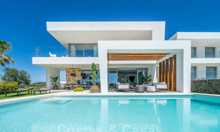 Exclusive contemporary golf villas with stunning golf and sea views for sale - East Marbella 26705