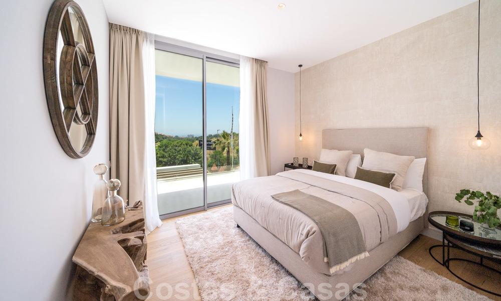 Exclusive contemporary golf villas with stunning golf and sea views for sale - East Marbella 26711