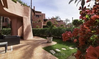 Attractive, spacious apartment in an exclusive beachfront complex for sale, between Marbella and Estepona 11777