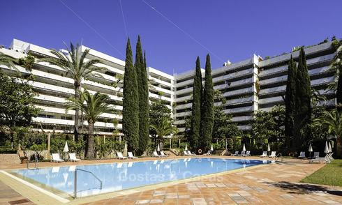 Luxury second line beach apartment in an exclusive complex for sale, centre of Marbella 11880