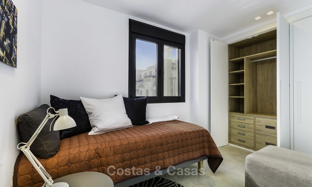 Fully renovated beachside luxury apartments for sale, ready to move into, in the centre of Puerto Banus, Marbella 11886