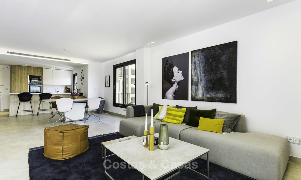 Fully renovated beachside luxury apartments for sale, ready to move into, in the centre of Puerto Banus, Marbella 11891
