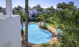 Modern, fully renovated apartment in a beachside complex for sale, New Golden Mile, between Marbella and Estepona 12235